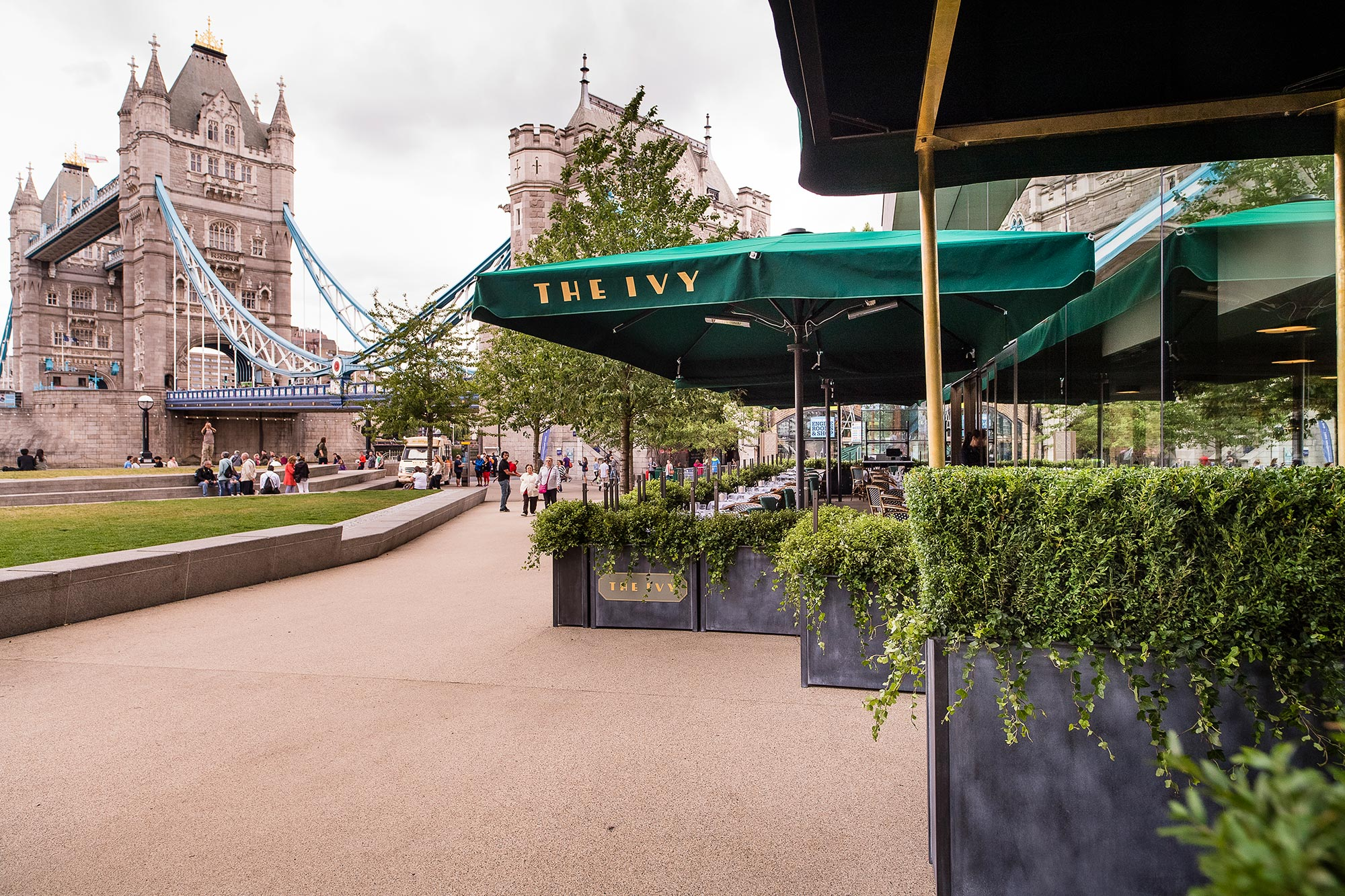 The Ivy Tower Bridge, London - Alfresco dining - The Ivy Tower Bridge
