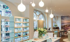 Liz Earle Mother's Day Gift The Ivy Leeds Treatment & Afternoon Tea