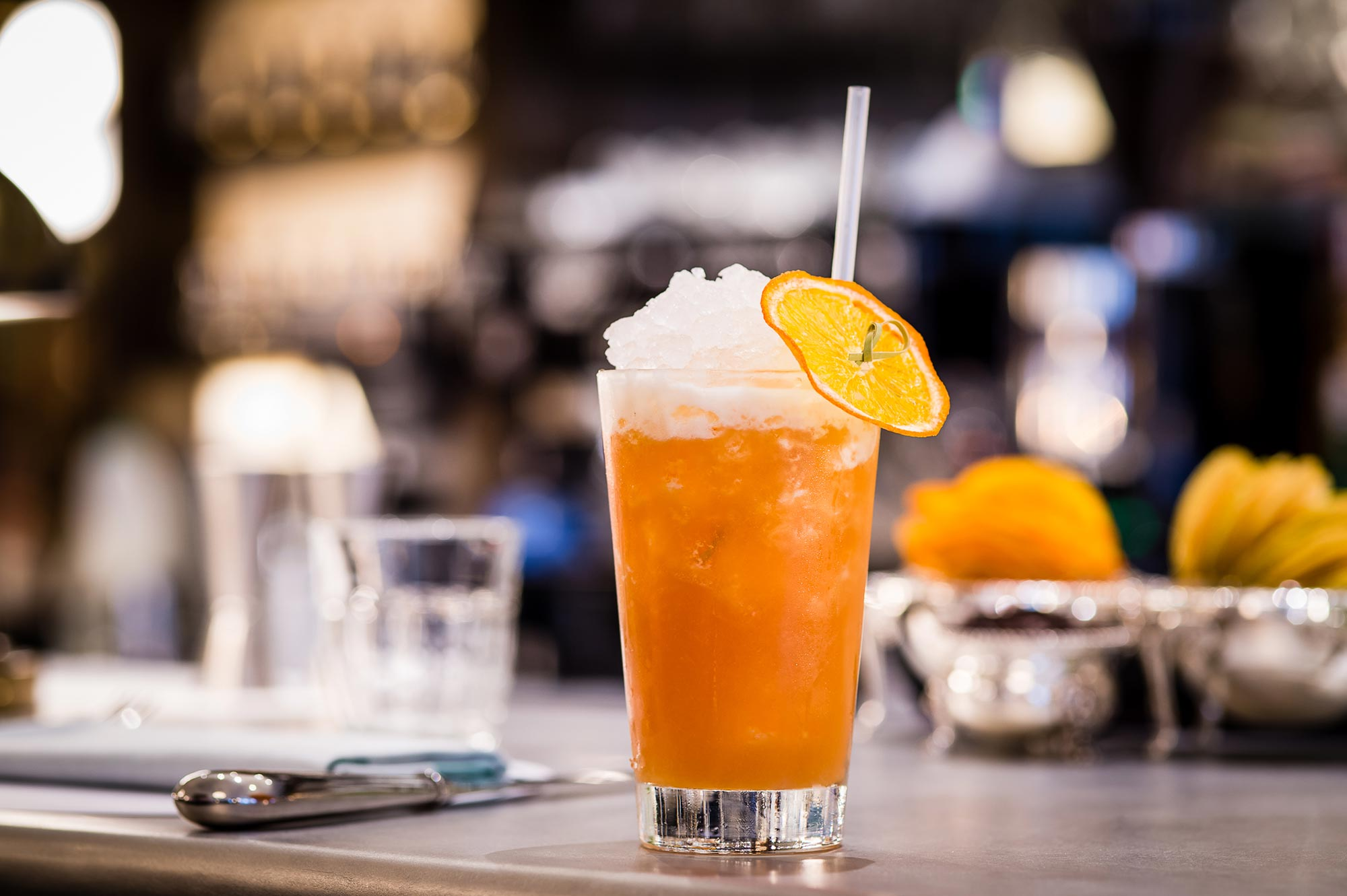 THE IVY KENSINGTON BRASSERIE - PEACH AND ELDERFLOWER ICE TEA. - The Ivy Kensington Brasserie