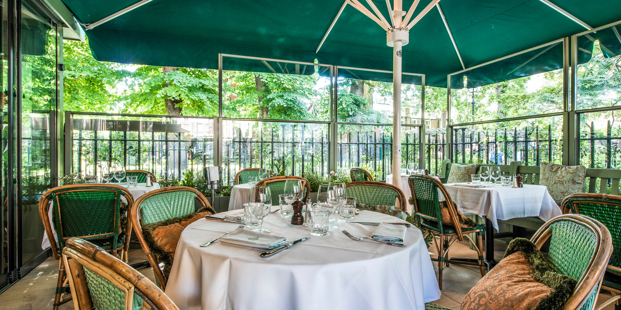 Outdoor dining - The Ivy Kensington Brasserie - The Ivy Kensington Brasserie