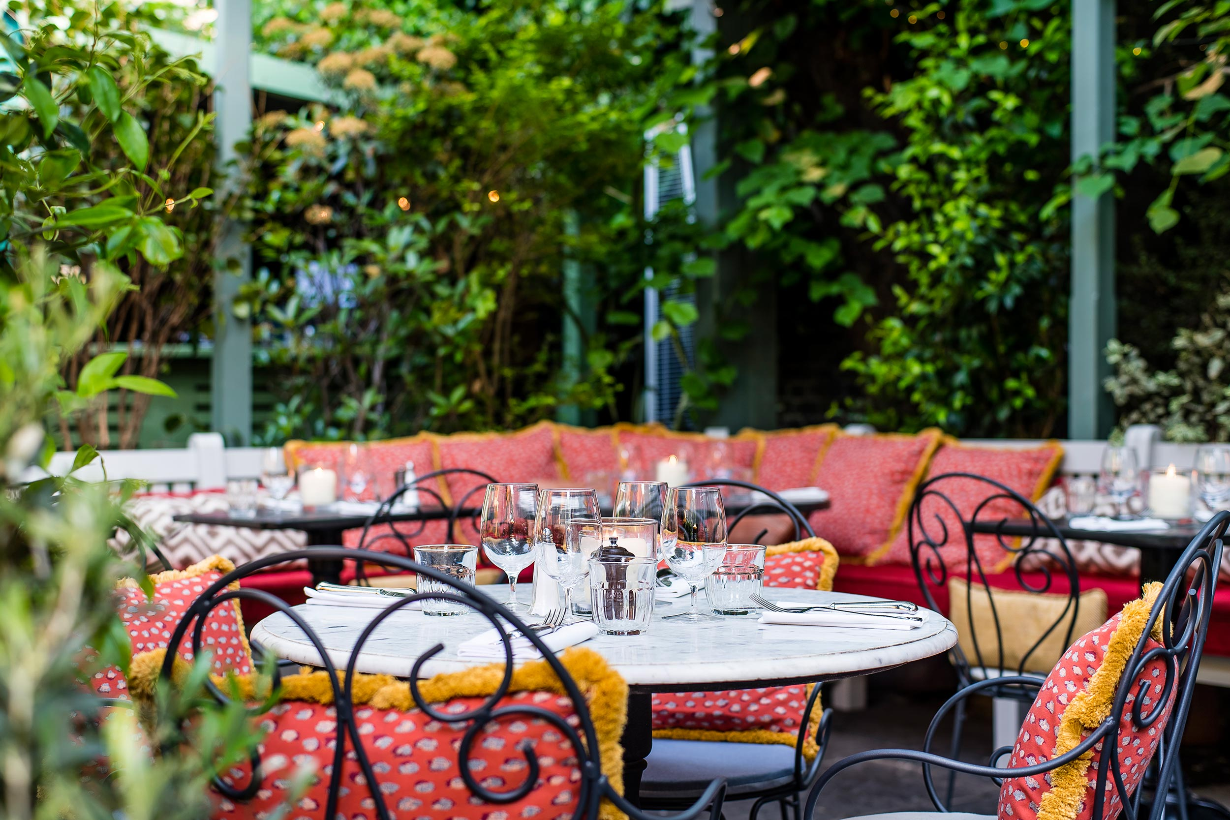 Book A Table The Ivy Chelsea Garden London