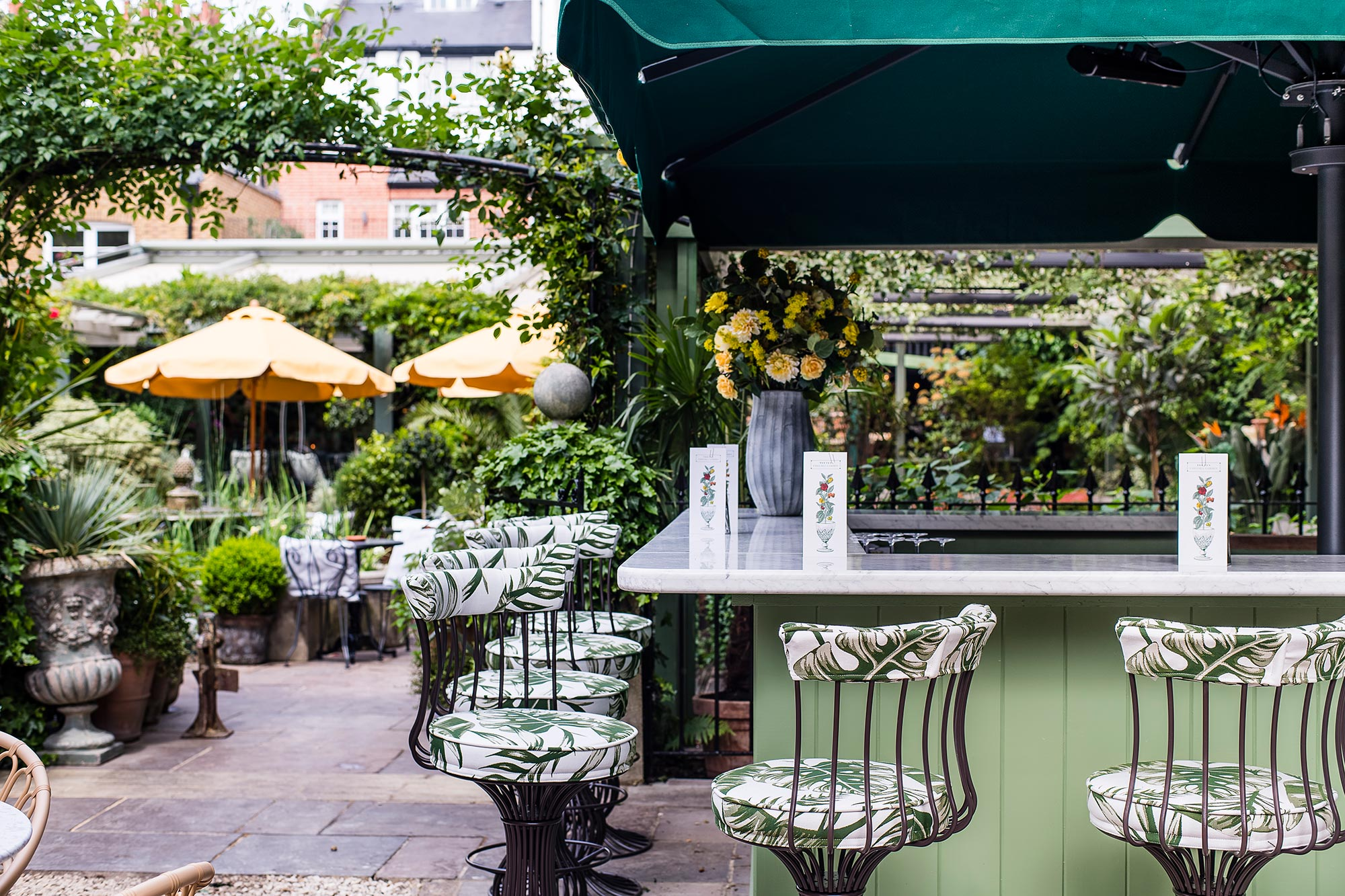 Restaurant with a Terrace in Chelsea, The Ivy Chelsea Garden - Al Fresco Dining on the King's Road, Chelsea - The Ivy Chelsea Garden