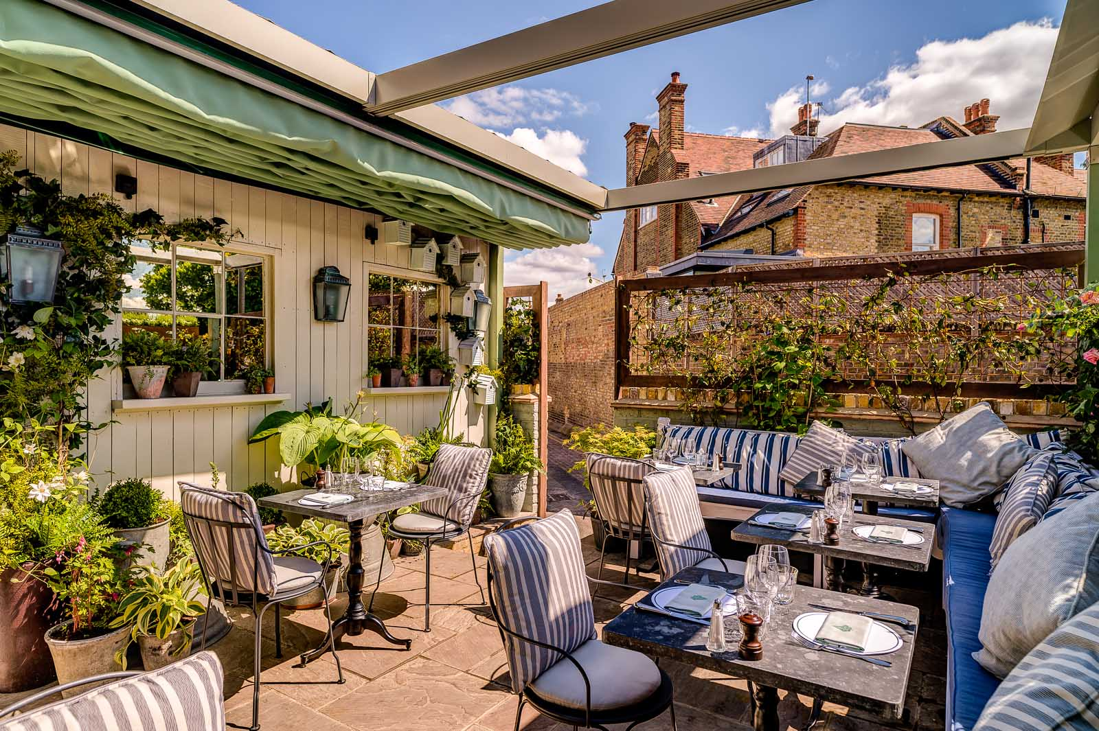 AL-FRESCO-DINING-IN-WIMBLEDON-THE-IVY-CAFE - The Ivy Cafe Wimbledon